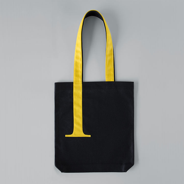 SERIF TOTE HIGHLIGHTED
