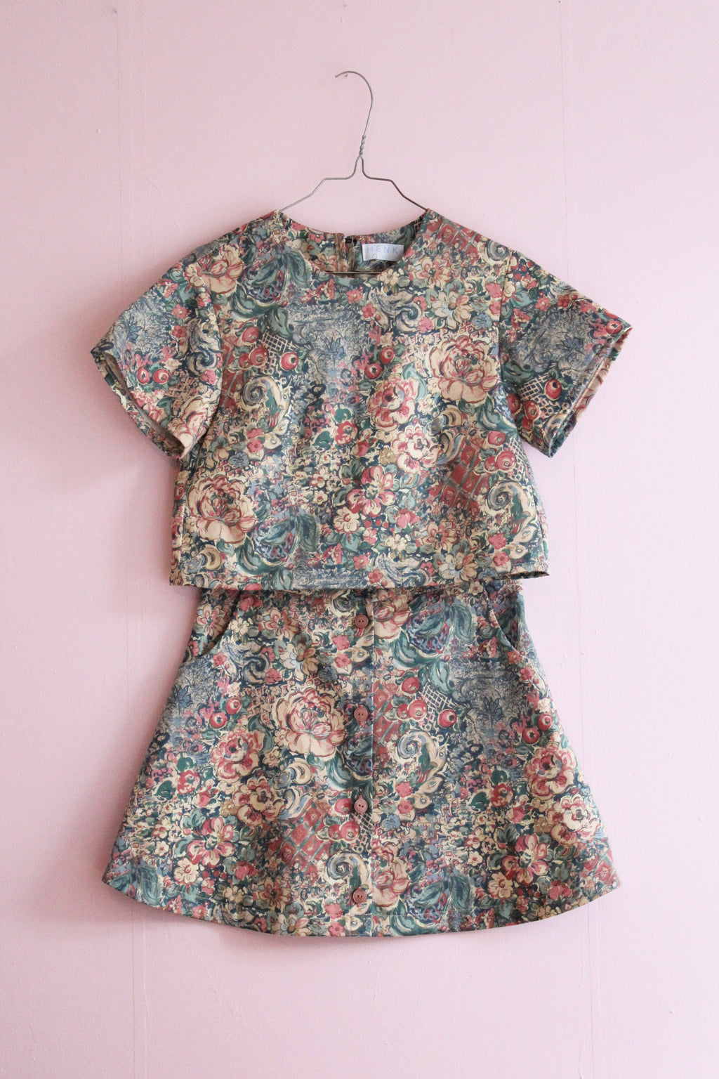 DUSTY PINK FLORAL TWO PIECE