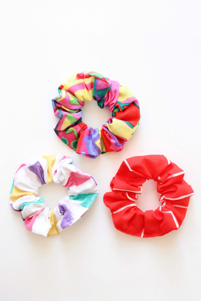 EIGHTIES SET OF SCRUNCHIES