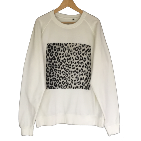 WHITE TIGER SWEATER - IKIGAI LABELS