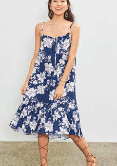 VIKINIVENDER dresses Blooming Christ Midi Dress