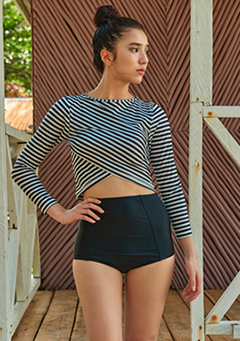 VIKINIVENDER swimwear Cross Stripe Boatneck Rashguard