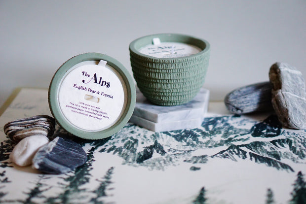 Pass It On Alps Candle