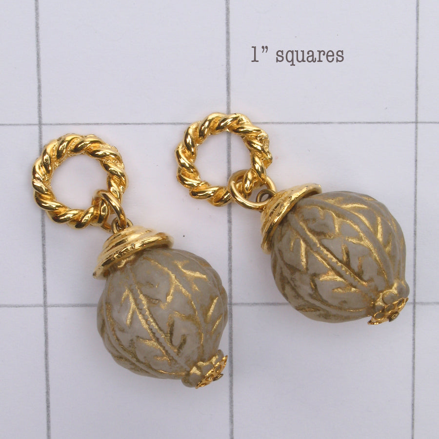 Mix and Match vintage gold engraved  bead drop
