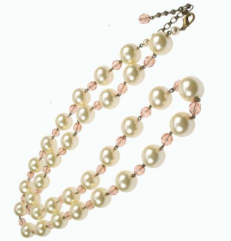 Long pearl and pink necklace