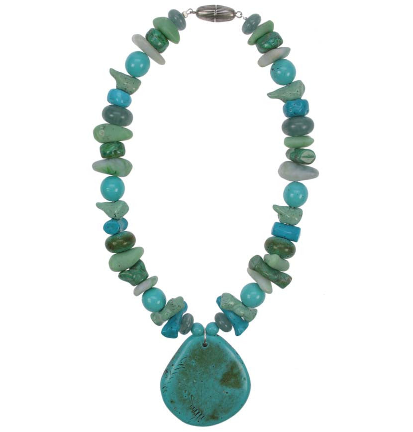 Mixed Turquoise bead pendant necklace