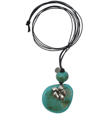 Turquoise bead pendant with silver flower