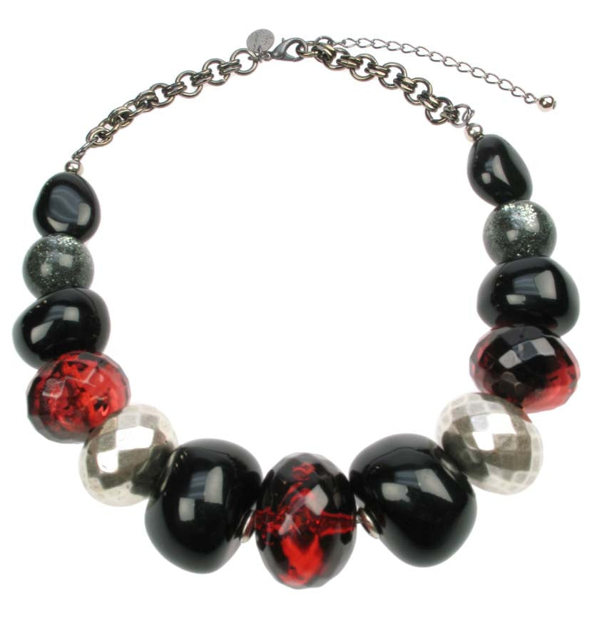 Faceted red and silver necklace