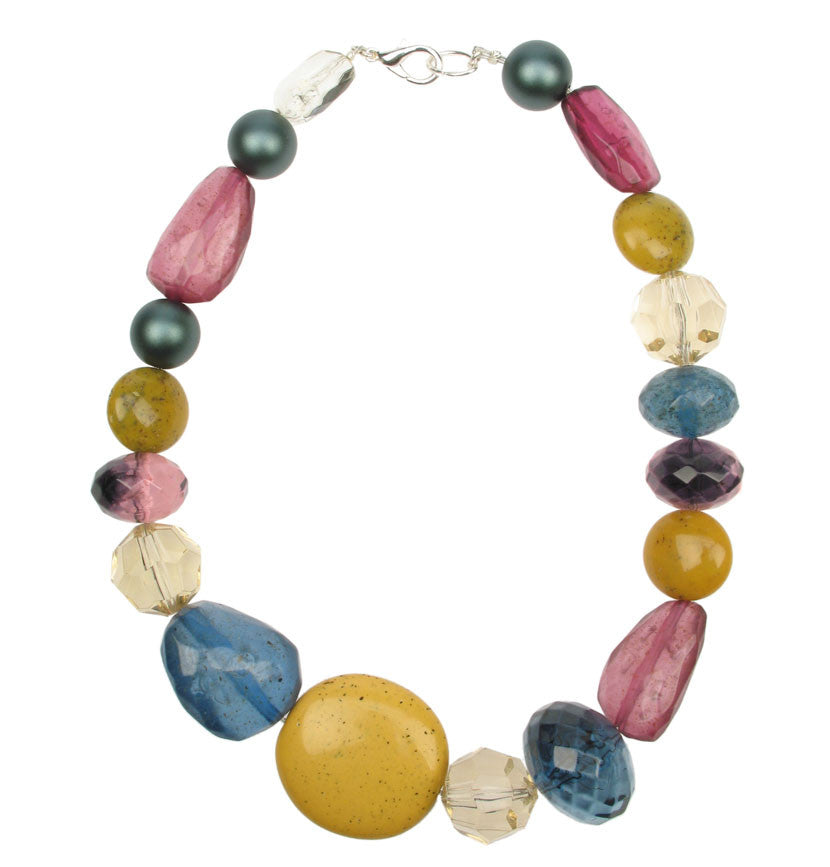 Vibrant threaded necklace