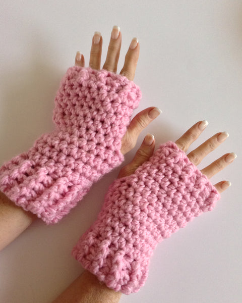 Free Crochet Pattern For Chunky Mittens : Fingerless Gloves Texting Mitts Free Pattern ? Maggies ...