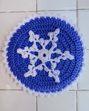 blue and white snowflake hot pad