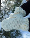 white flower mittens