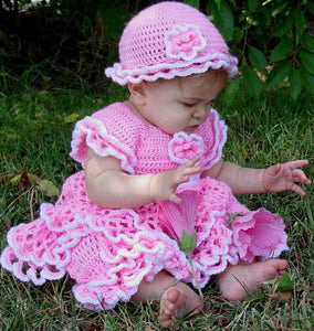 Savannah Ruffled Baby Set Crochet Pattern - Maggie's Crochet