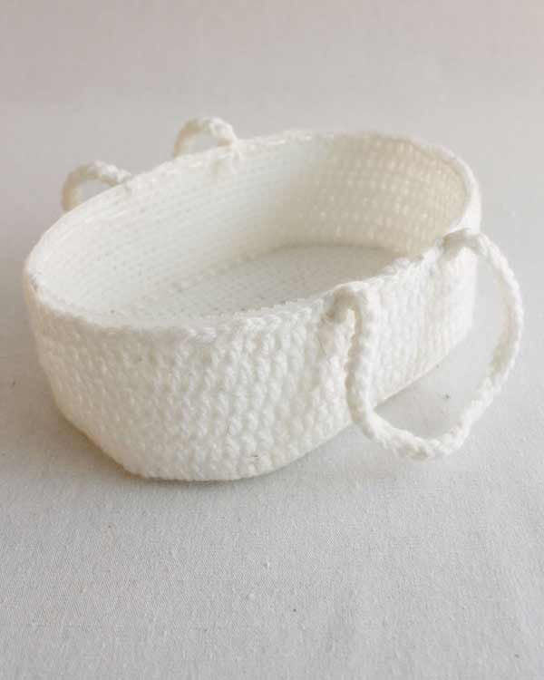 22 ideas for crochet doll carrier moses basket #crochet #basket ... | 750x600