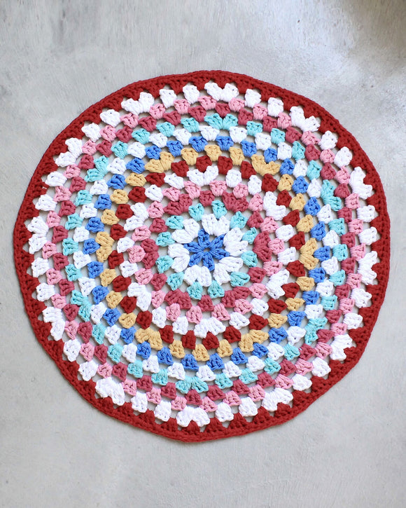 Easy Granny Rug Round Crochet Pattern for Beginners - Maggie's Crochet