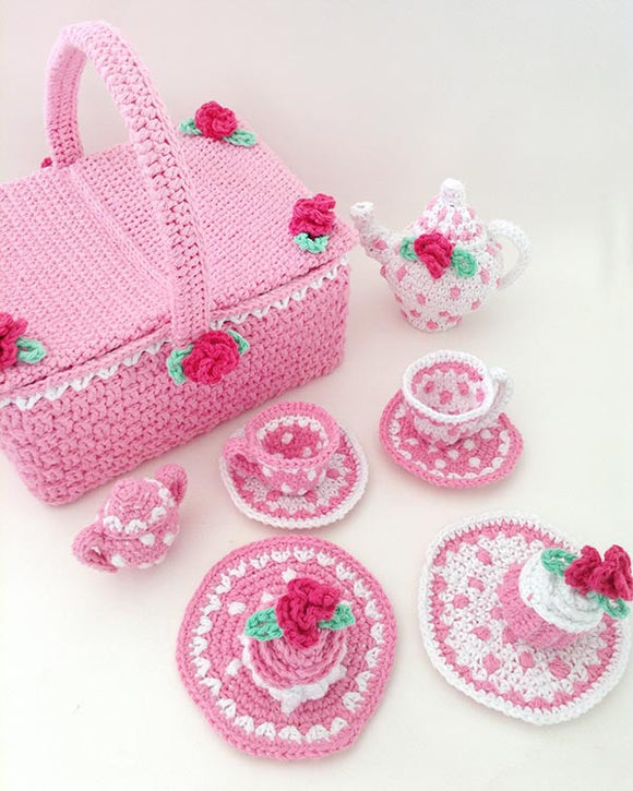 Polka Dot Tea Set With Picnic Basket Crochet Pattern - Maggie's Crochet