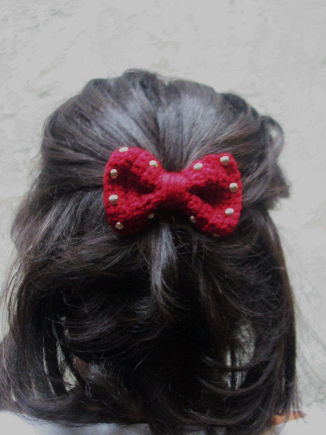 THE STUD BOW BARRETTE
