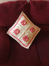 Load image into Gallery viewer, LA FLOR PILLOW