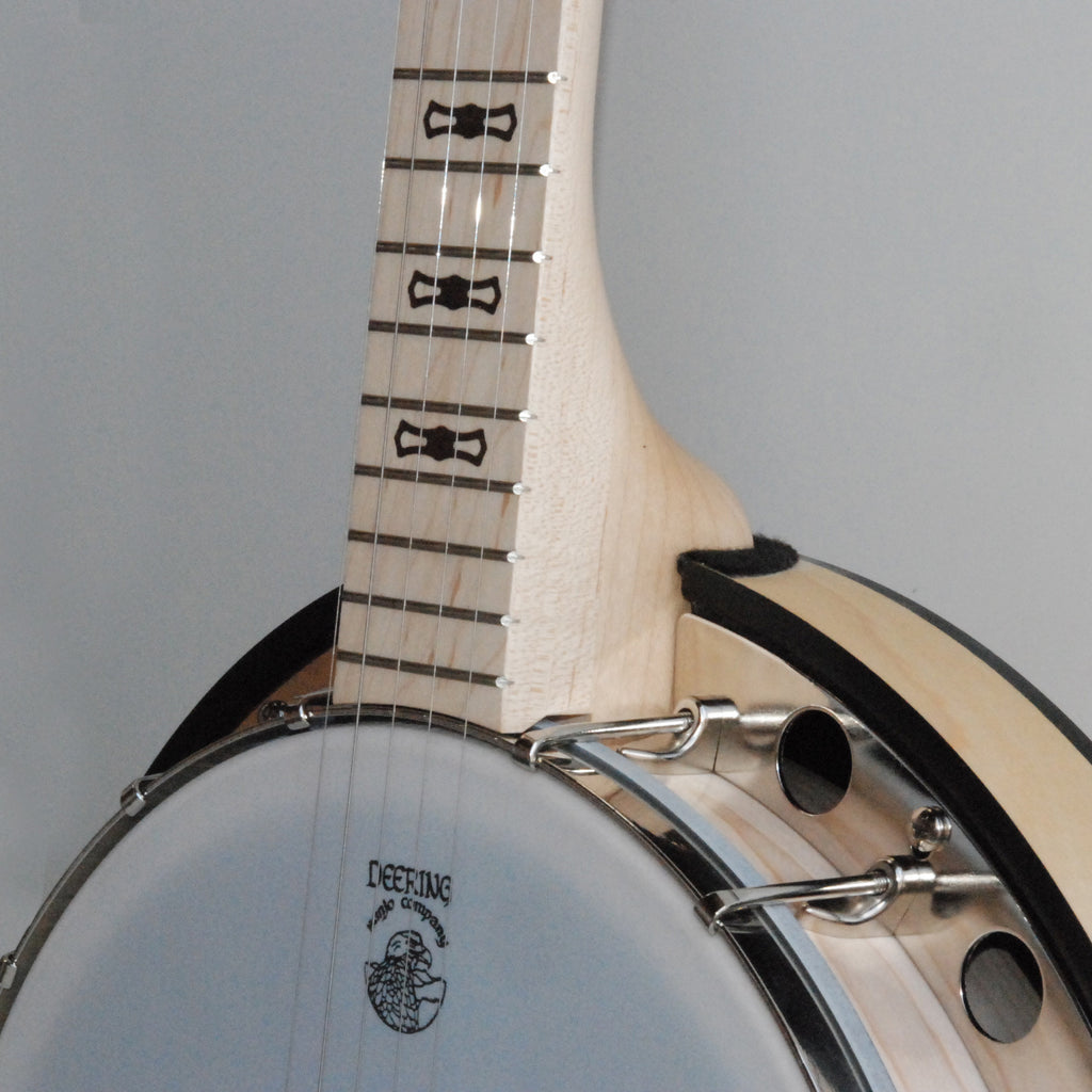 Deering Goodtime Two banjo - pot