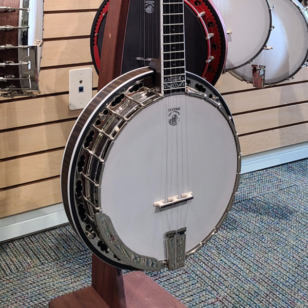 Hartford | Showroom Banjo