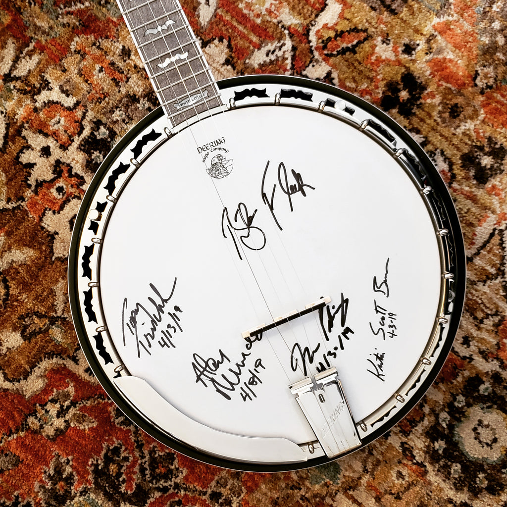 Deering White Lotus singed by Blueridge Banjo Camp Instructors 2019