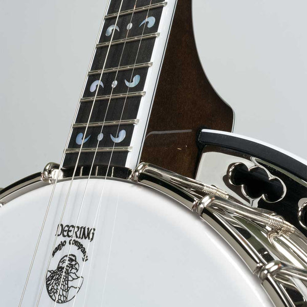 Deering Maple Blossom 19-Fret Tenor Banjo - pot front