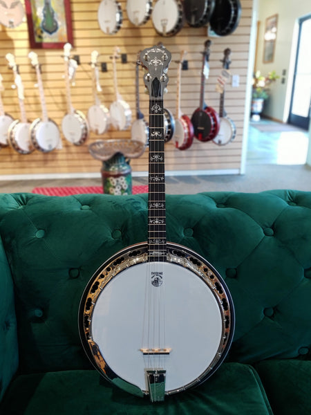 Sierra 17-Fret Tenor | Showroom Banjo