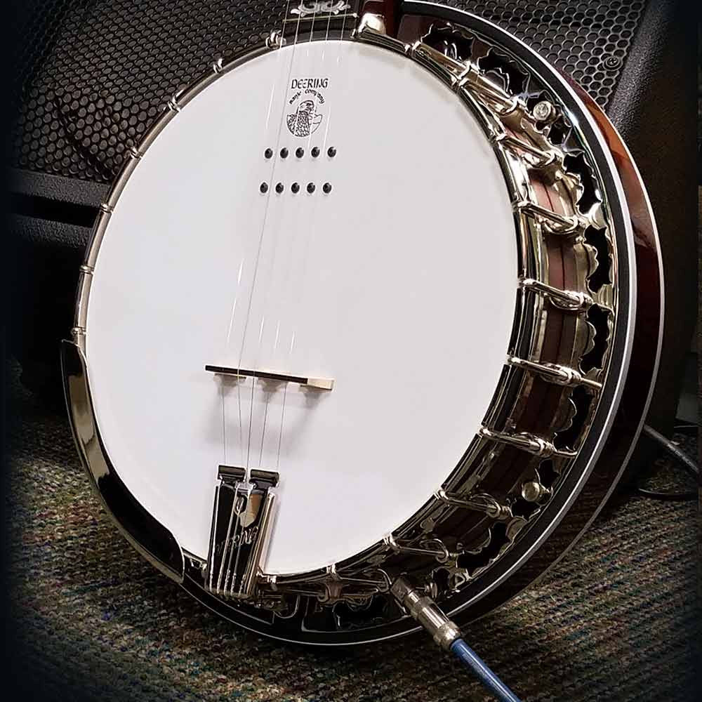 Deering Eagle II Acoustic Electric banjo - speaker