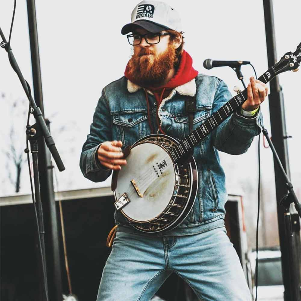 hnorris4 with his Eagle II A/E banjo