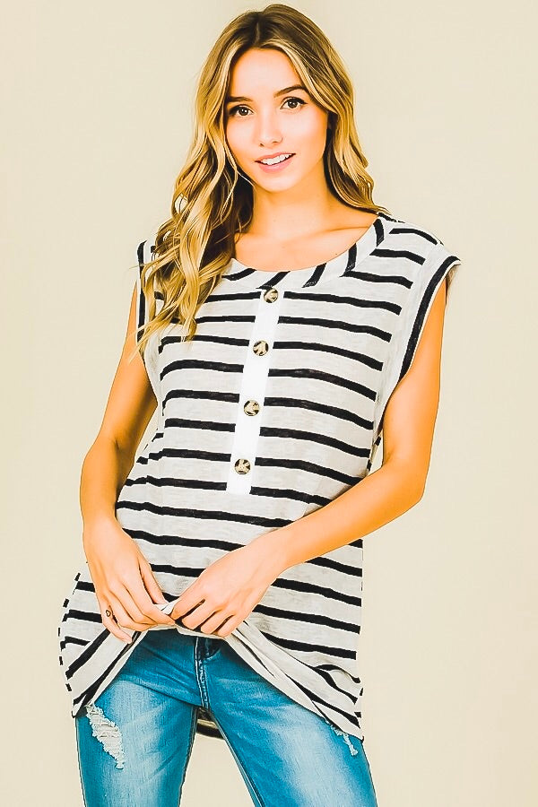 Faux button tank