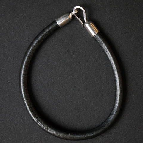 GUNMETAL TRIMBLE  LEATHER CORD BRACELET