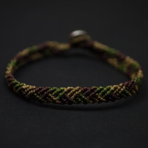 CAPUTO WATER MILL OLIVE HAND-KNOTTED BRACELET