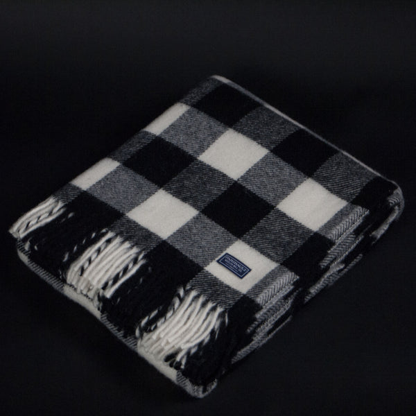 FARIBAULT BUFFALO CHECK WOOL THROW  BLACK + WHITE - THE LODGE  - 1