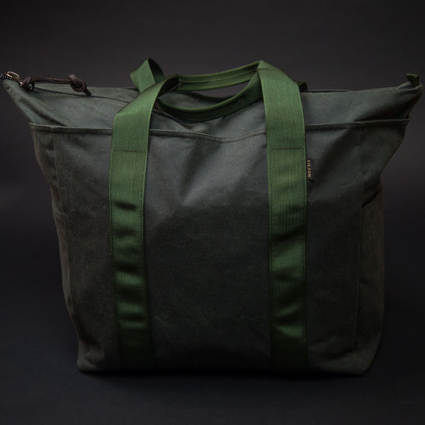 Filson Spruce Large Grab N Go Tote Bag at The Lodge