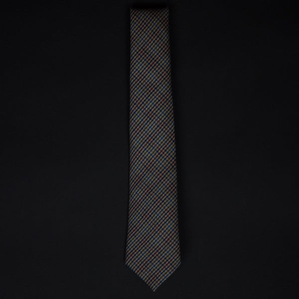 General Knot Banker's Check Tie at The Lodge