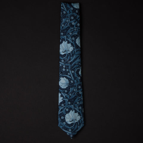 General Knot Blue Tulips Floral Tie at The Lodge