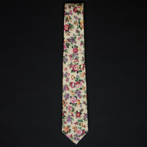General Knot Butter Rose Floral Tie at The Lodge