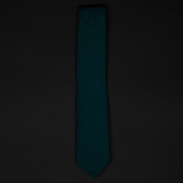 PEACOCK SOLID REQUISITE NECKTIE