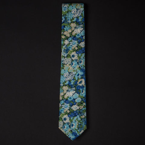 General Knot Sage Floral Print Tie at The Lodge
