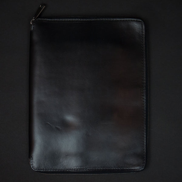 Laulom Black Horween Leather Zip Ipad Case at The Lodge