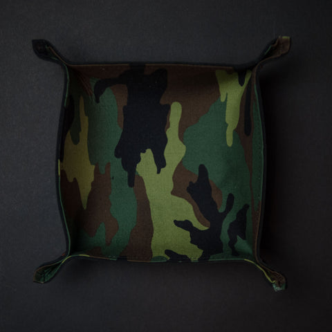 The Lodge ManTray Camouflage Black Leather Valet