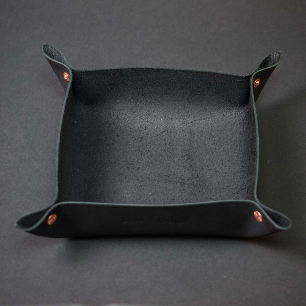 BLACK LEATHER MANTRAY™ VALET TRAY