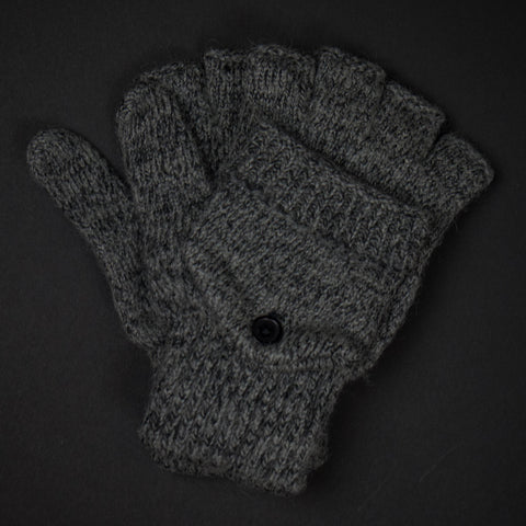Garrison Glitten Charcoal Gloves at The Lodge