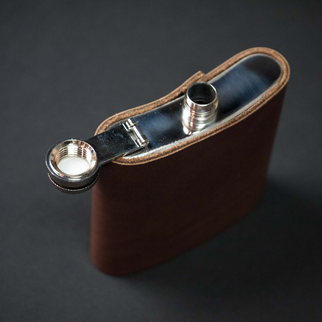 TAN LEATHER-WRAPPED BARDSTOWN STAINLESS STEEL FLASK 6 OZ.