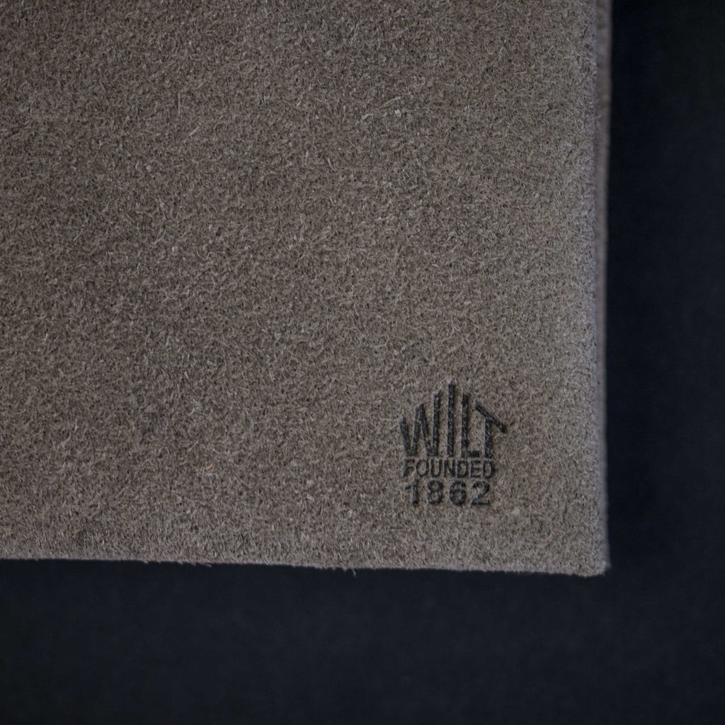 FOG GREY SUEDE WILT 1862 SOFT LEATHER BILLFOLD WALLET