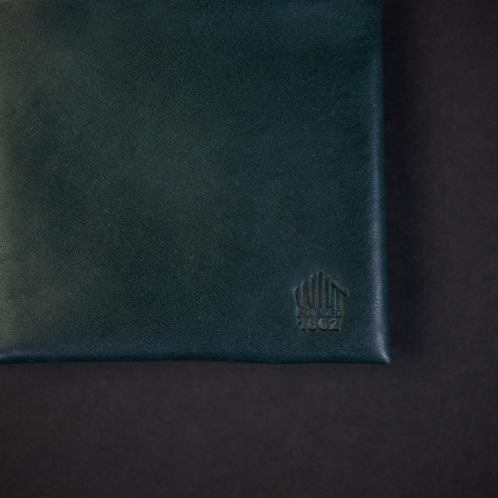 LAKE VIEW GREEN WILT 1862 SOFT LEATHER BILLFOLD WALLET