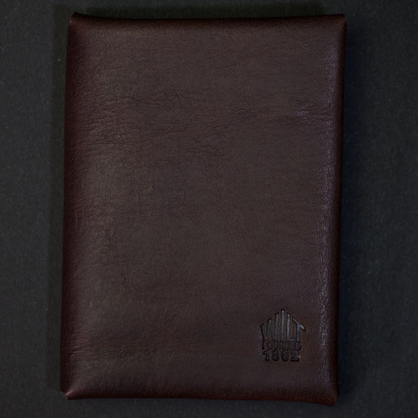 Wilt 1862 Bucktown Card Wallet Chocolate at The Lodge