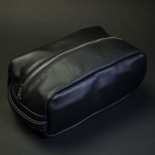 BLACK WILT LEATHER PEARY TRAVEL KIT