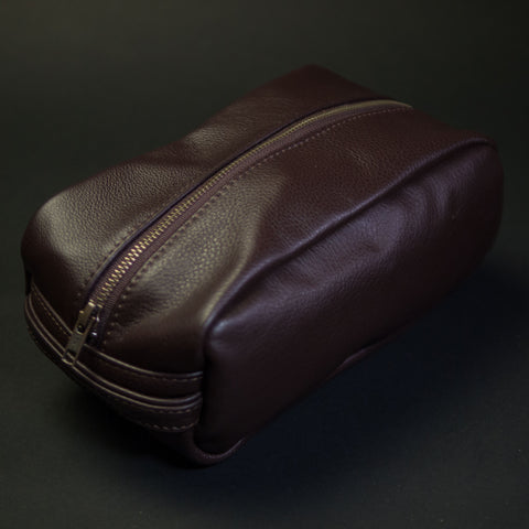 CHOCOLATE WILT LEATHER PEARY TRAVEL KIT