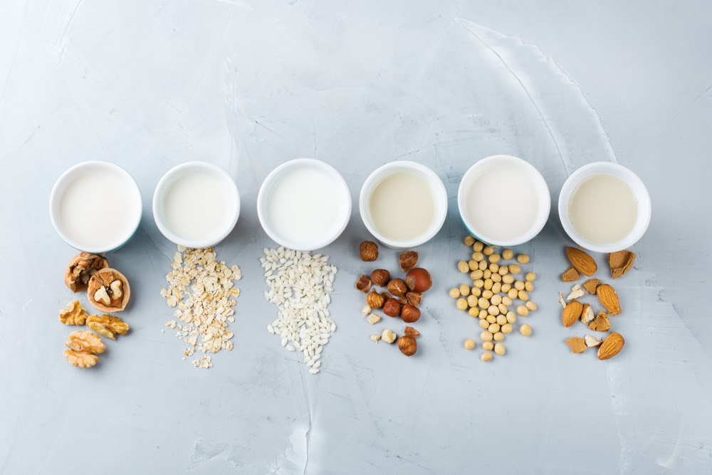 How To Pick the Right Dairy (Real or Vegan) For Your Coffee